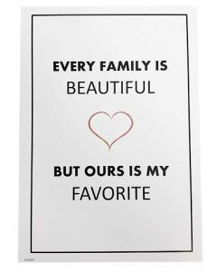"""Kort 15x21cm Hvid """"Every Family is Beautiful"""""""